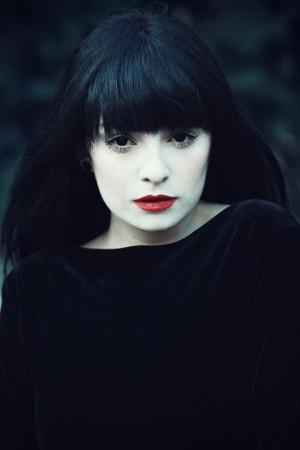 ★ Desdemona de'Ville